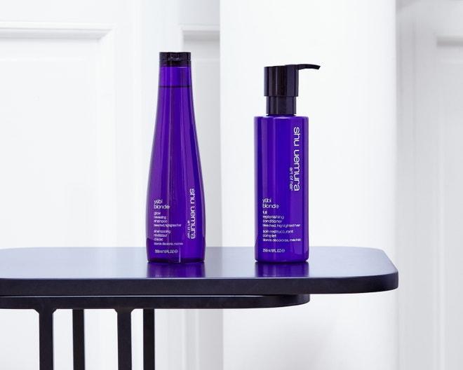 Šampon Yūbi BlondeGlow Revealing, kondicionér Yūbi BlondeReplenishing Conditioner, oboje SHU UEMURA