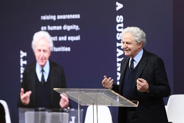 Carlo Mazzi na Prada konferenci Shaping a Sustainable Future Society, listopad 2019, New York