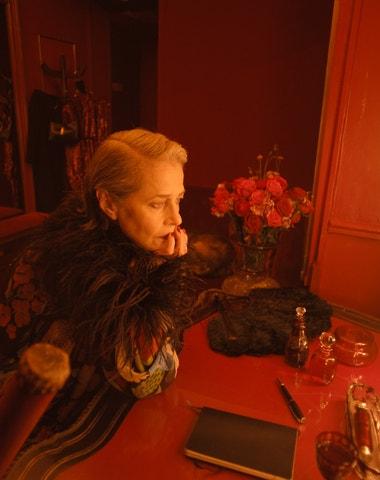 Gaspar Noé a Saint Laurent představují krátký film s Charlottou Rampling