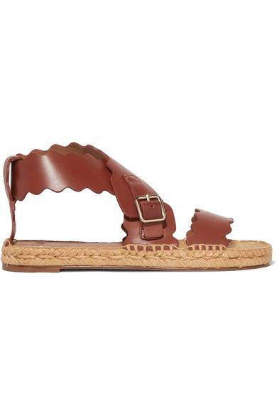 Hnědé kožené sandálky, Chloé, prodává Chloé, 450 € Autor: Archiv značky