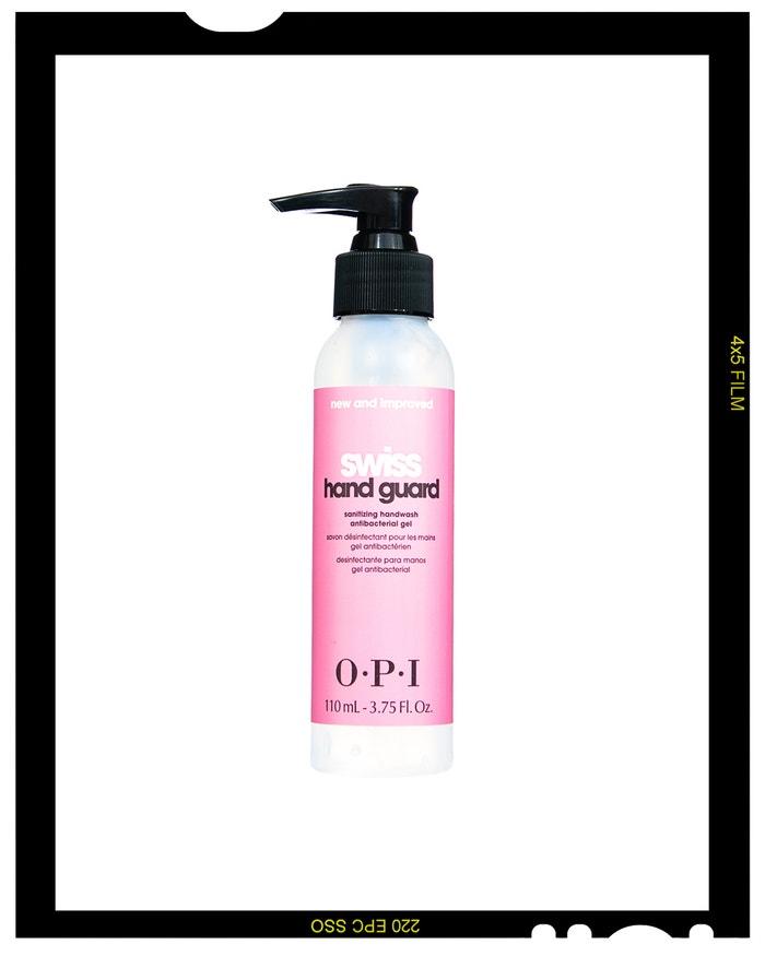 Dezinfekční gel na ruce Swiss Hand Guard, O.P.I., prodává The Nail Store, 293 Kč