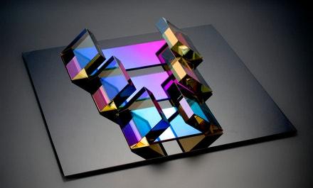 Václav Cigler: Prostorová studie, 1981, broušené optické sklo, tabulové sklo (opaxit), pokoveno, lepeno
