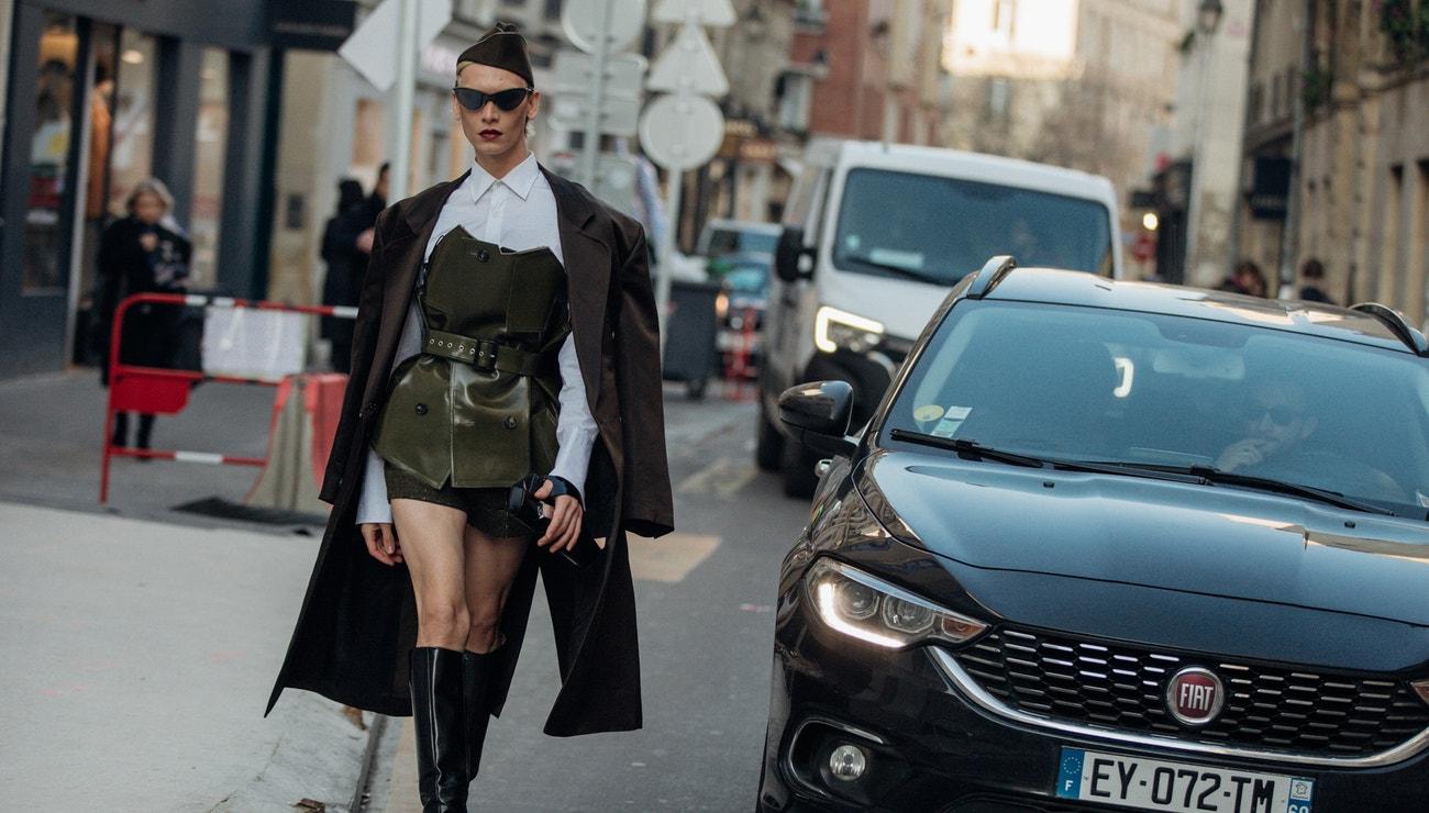 Haute couture street style z pařížského fashion weeku