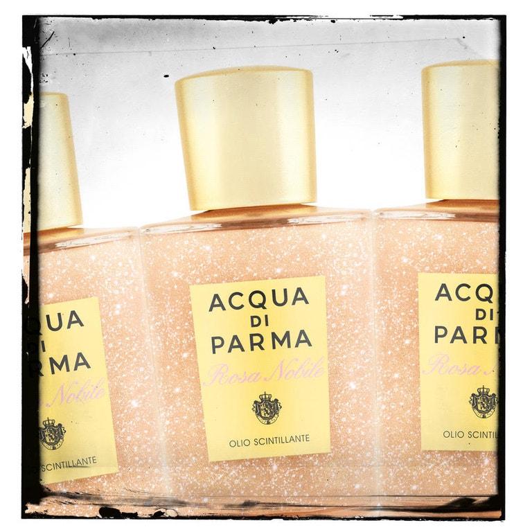 Třpytivý olej na tělo Rosa Nobile, ACQUA DI PARMA, prodává Sephora, 1590 Kč