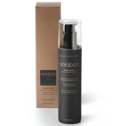 Šampon Pure Chocolate s čistými pigmenty pro hnědé vlasy, OOLABOO, prodává oolaboo.cz, 1160 Kč