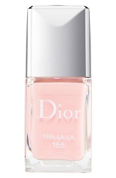 Lak na nehty v odstínu Tra-la-la, Dior, prodává Douglas, 799 Kč
