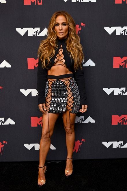 MTV Video Music Awards 2021: Jennifer Lopez v šatech David Koma resort 2022