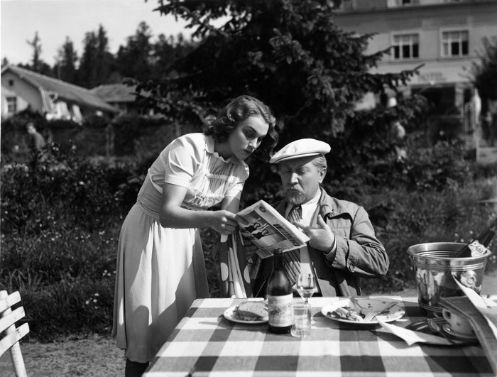 Adina Mandlová s Jaroslavem Marvanem ve filmu Dva týdny štěstí (1940)