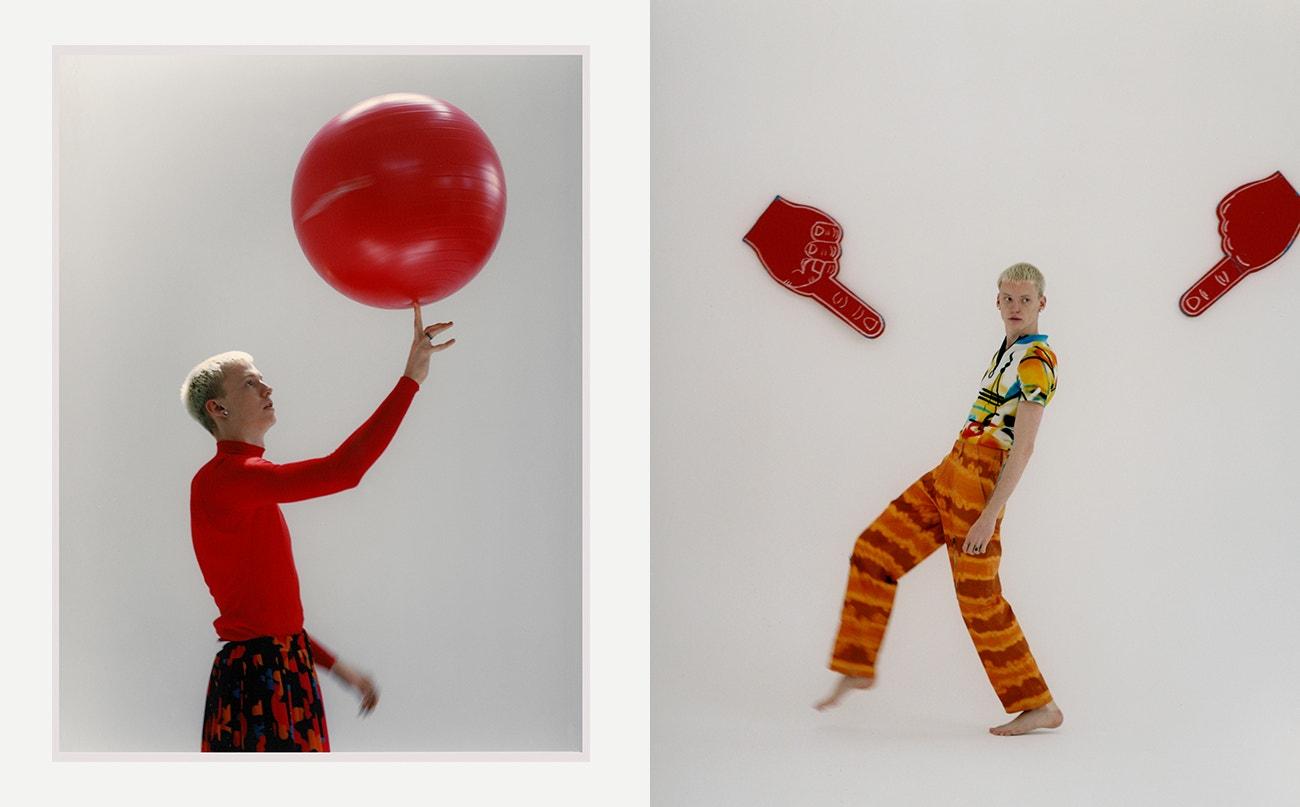 Vlevo: rolák, Balenciaga; sukně, Pat Guzik.  Vpravo: top, Off-White; kalhoty, DOOM 3K.