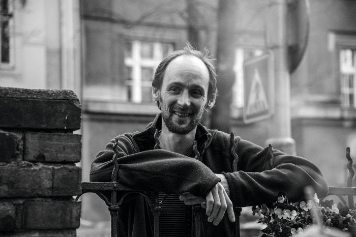Maťo Mišík (44 let), kytarista a výtvarník, syn Vladimíra Mišíka.