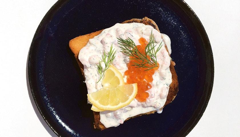 Vogue v kuchyni #21: Toast Skagen à la Alexandre Vauthier