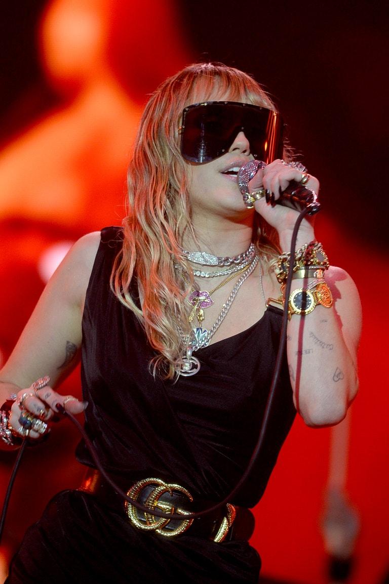 Miley Cyrus, narozena 23. listopadu