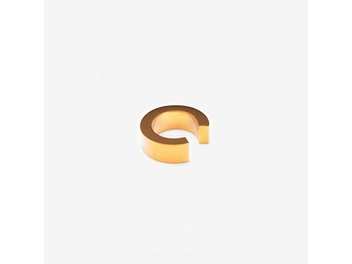 Vespertine Ear Cuff, Metaformi, prodává Czech Design, 3 390 Kč Autor: Archiv značky