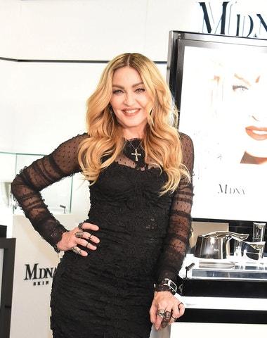 Které značky celebrit mění kosmetický průmysl a způsob jakým nakupujeme?