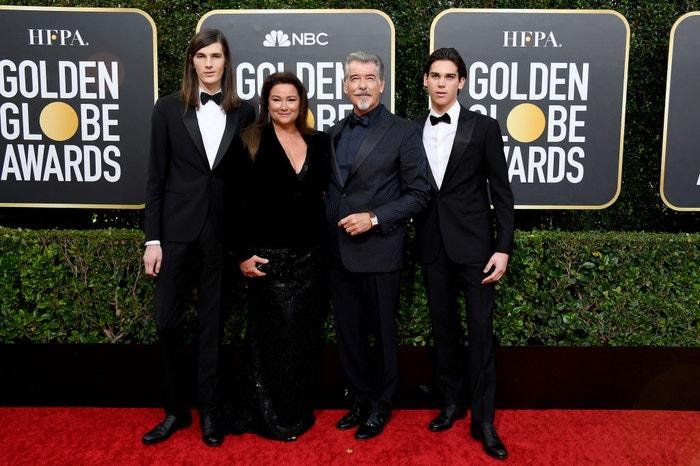 Pierce Brosnan s manželkou Keely Shaye Smith a syny          Autor: Kevork Djansezian/NBC/NBCU Photo Bank via Getty Images