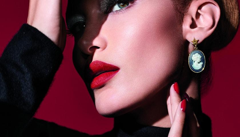 Halloweenský make-up podle Belly Hadid