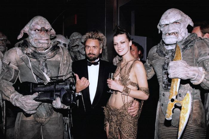 Milla Jovovich a režisér Luc Besson na premiéře filmu Pátý element.
