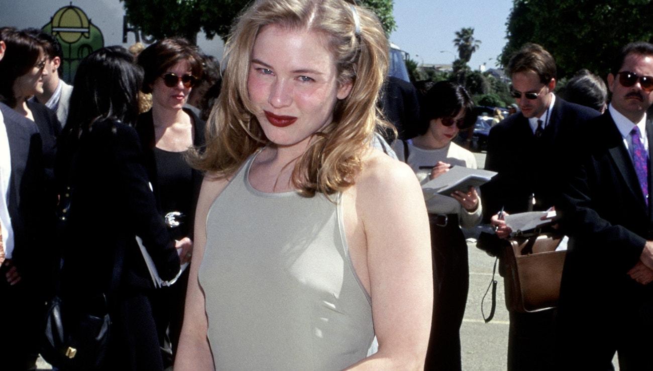 Síla monochromie šatů Renée Zellweger
