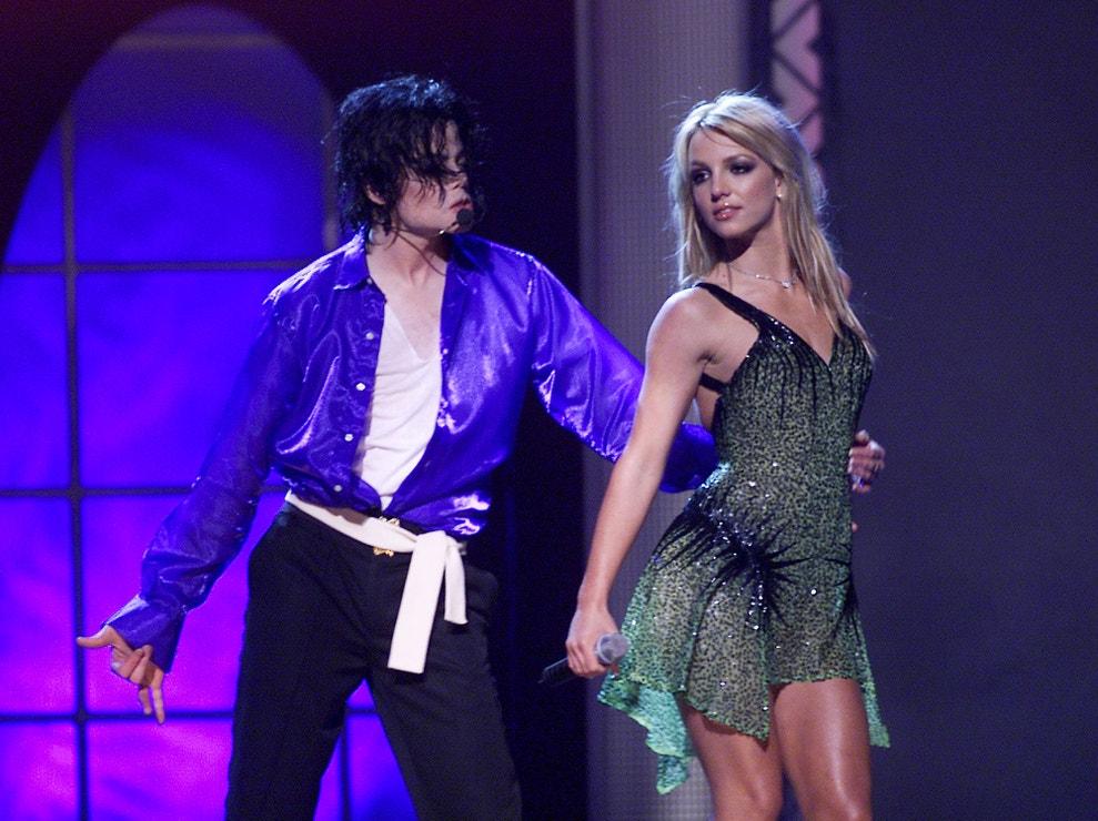 Michael Jackson s Britney Spears na koncertu v Madison Square Garden, září 2001