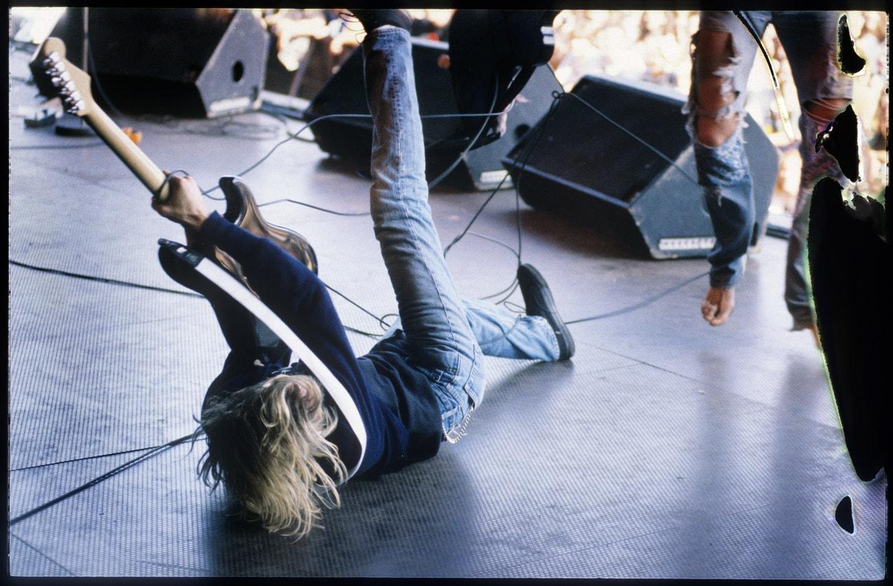 Kurt Cobain na koncertu Nirvany během festivalu Pukkelpop v belgickém městě Hasselt, 25. srpna 1991