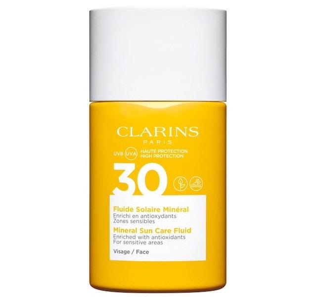 Opalovací emulze na obličej s minerálními filtry SPF 30, CLARINS, prodává Sephora, 680 Kč