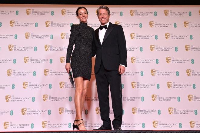 Hugh Grant s manželkou Annou Elisabet Eberstein