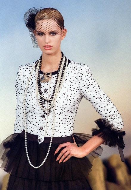 Chanel Haute Couture jaro - léto 2001