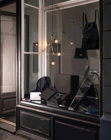 Alexmonhart otvírá nový obchod a představuje kolekce brýlí