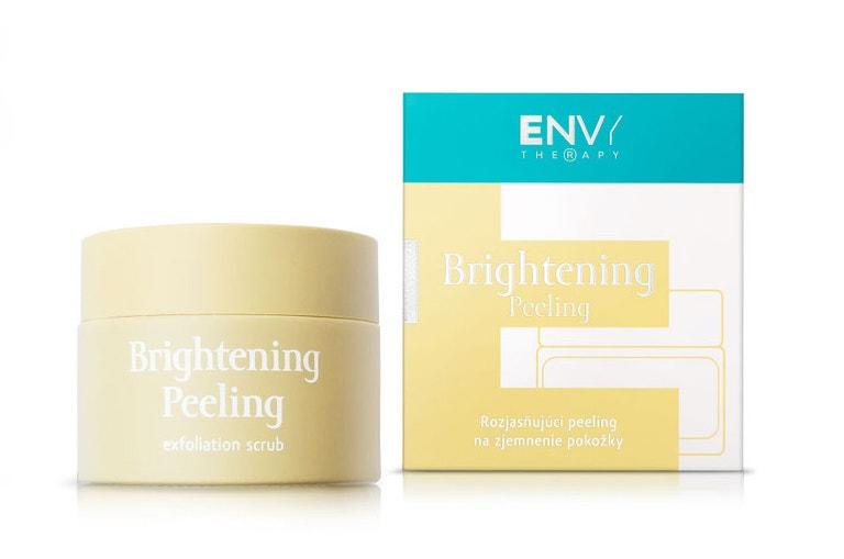 Rozjasňujicí peeling na zjemnění pokožky Brightening Peeling, ENVY THERAPY, prodává EnvyTherapy.com, 916 Kč