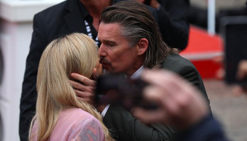 Johnny Depp a Ethan Hawke zakončili festival ve Varech