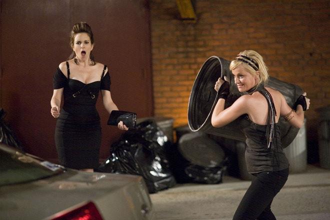 Amy Poehler a Tina Fey ve filmu Baby Máma, 2008