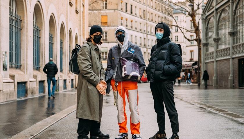 Street style z digitálního fashion weeku v Paříži