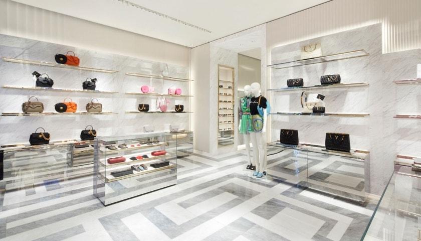 Nový butik Versace v Praze