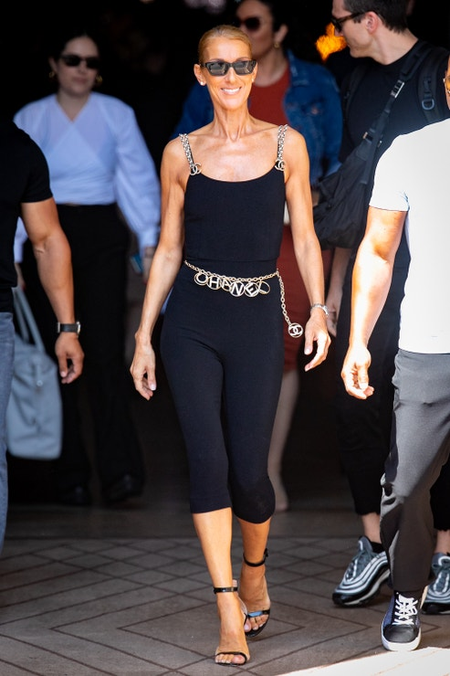 Céline Dion v modelu Chanel