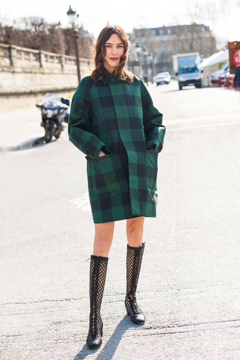 Alexa Chung na Paris Fashion Week, březen 2020