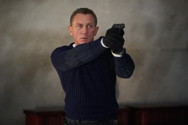 Daniel Craig ve filmu Není čas zemřít
