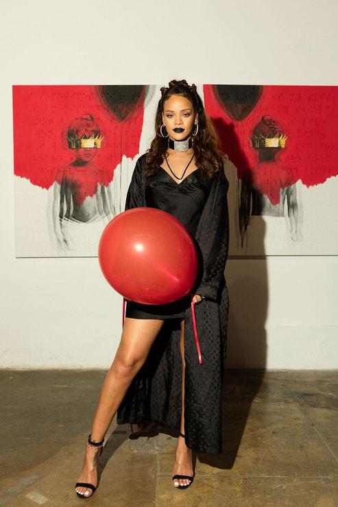 Rihanna v  MAMA Gallery, říjen 2015