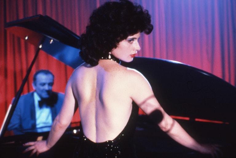 Isabella Rossellini ve filmu Modrý Samet (1986)