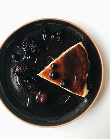 Vogue v kuchyni #4: Baskický cheesecake à la Schiaparelli