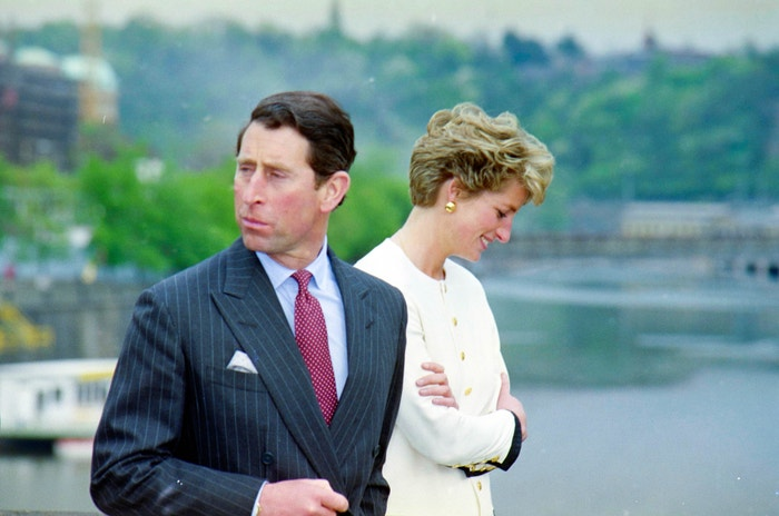 Princ Charles a princezna Diana na Karlově mostě, květen 1991         Autor: Profimedia.cz