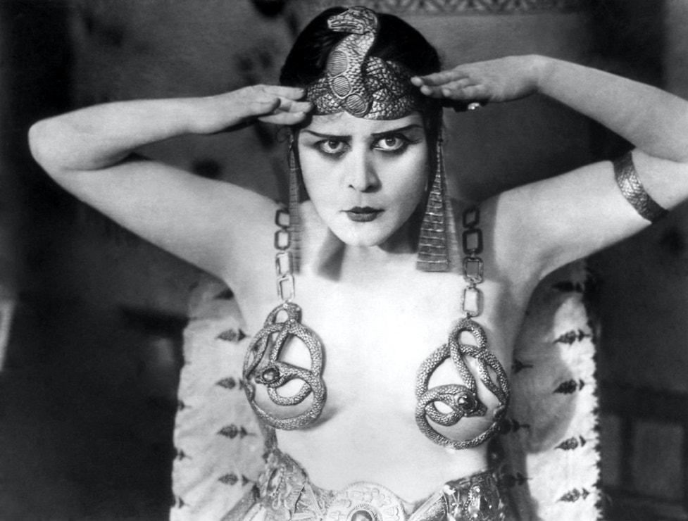 Theda Bara ve filmu Cleopatra, 1917