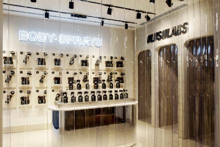 Lush Perfume Library, Florencie, 2019