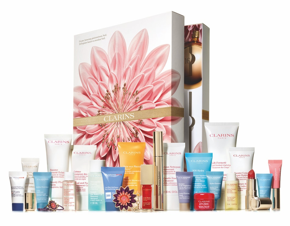 Nejlepší beauty adventní kalendáře 2018. Kosmetický kalendář s 24 produkty na pleť a tělo a make-up., Clarins (prodává Marionnaud), 3180 Kč