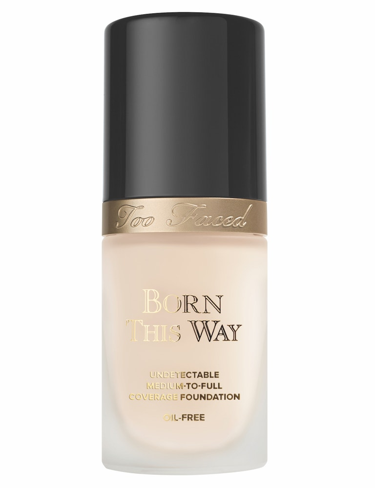 Make-up Born This Way Absolute Perfection Foundation, Too Faced (prodává Sephora), 1020 Kč