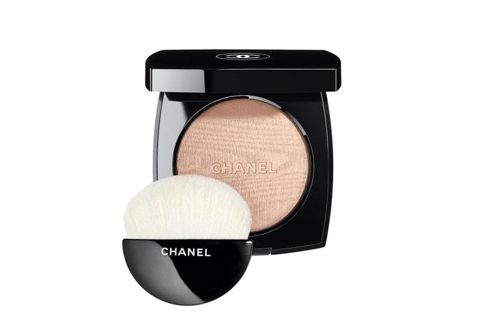 Poudre Lumière, Chanel, 1040 Kč