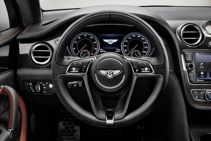 Černý volant s integrovanými ovládacími prvky, BENTLEY, info o ceně v Showroom