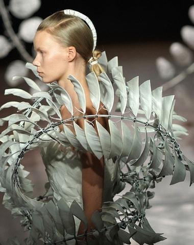 Haute couture a udržitelná budoucnost módy