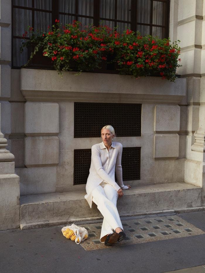 Maggie Maurer v kampani aktuální kolekce House of Dagmar