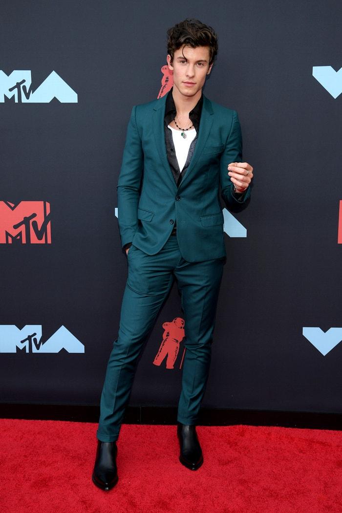Shawn Mendes v obleku od Dolce & Gabbana Autor: Getty Images