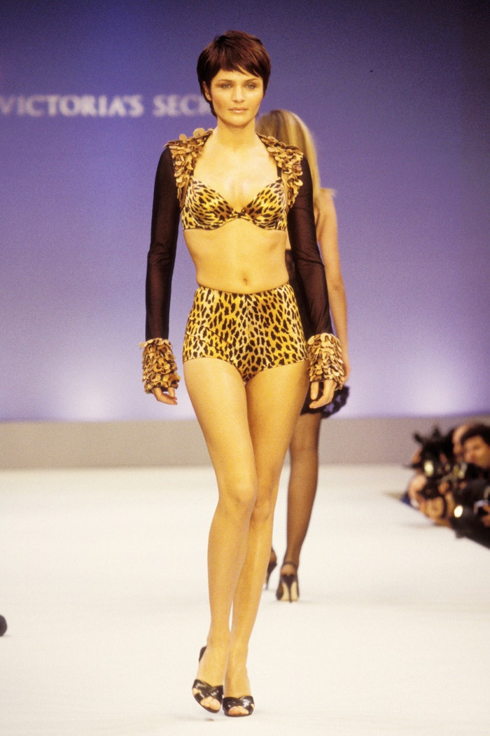 Helena Christensen, Victoria's Secret Fashion Show, 1997 Autor: KMazur/WireImage